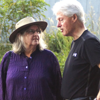 birute-galdikas-and-bill-clinton